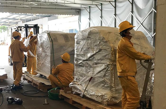 富士康乐天堂fun88手机包装搬运综合服务